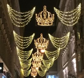 Image of christmas lights in Vienna