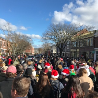 Parade to Meet Santa at the Nantucket Christmas Stroll